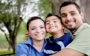 elever-ses-enfants-selon-Dieu-famille-hispanique_eblast